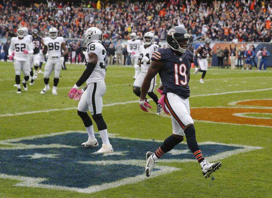 Eddie Royal finds the endzone in the Bears last win at Soldier Field (Image Credit: Charles Rex Arbogast/AP)